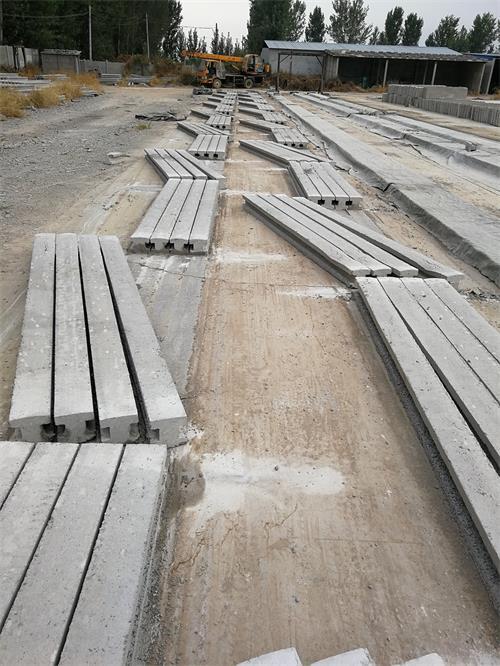 水泥围墙立柱