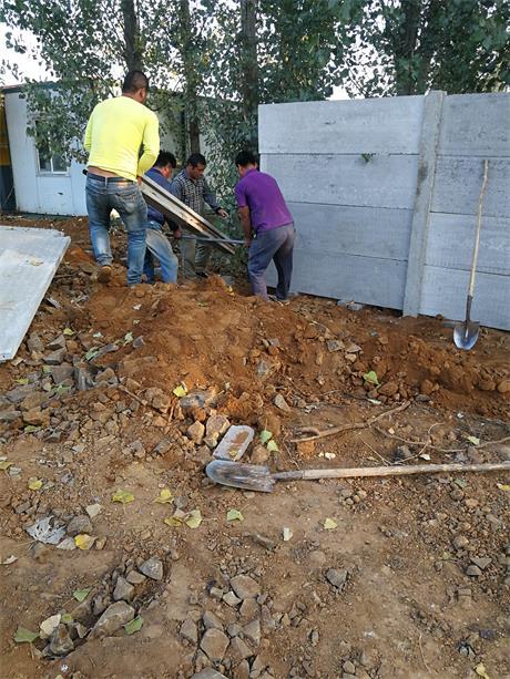 水泥板围墙搭建