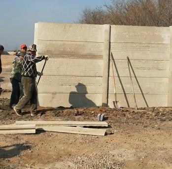 水泥围墙板立柱